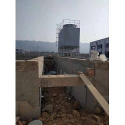 四川浦江2组400T方形逆流式玻璃钢冷却塔安装现场